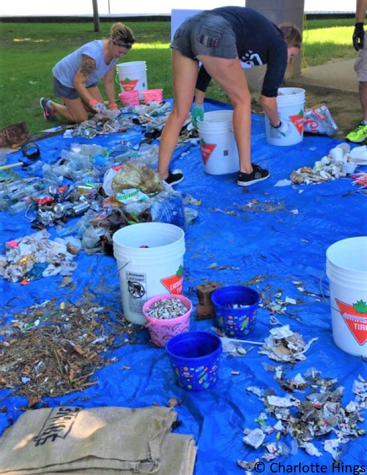 shoreline cleanup (2).jpg